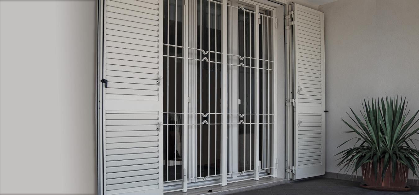 Alessandrinigroup live your space infissi porte - Portoni garage con finestre ...